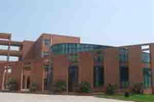 河北工程大学/河北工程大学附属中学,创建于1989年,是一所初级八轨制中学。