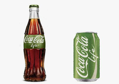它包装在绿色的罐子里,上有小树叶标志.