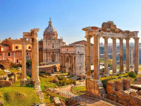 有几座古罗马时代建筑物被改成教堂图片