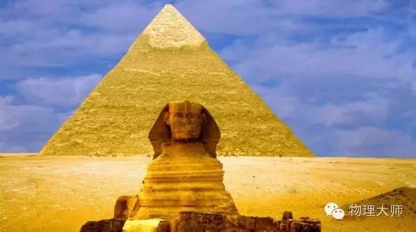 埃及金字塔矗立在尼罗河畔已经超过了4500年