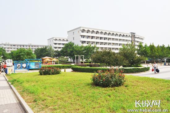石家庄理工职业学院校园风景.