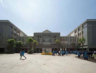 云南省昆明市第一中学